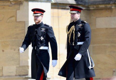 LEI SEG: Prins William skal være veldig lei seg over å ha falt ut med lillebroren, prins Harry.