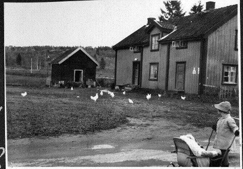 Våningshuset og stabburet på Smedstua lå midt på Ekebergsletta. Det var et stort underbruk av Ekeberg Hovedgård. I dag er det kun en rotete lagerplass for Friluftsetaten, men hvis nye planer vedtas blir det cricketbane og klubbhus her.