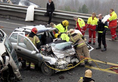 DØDSULYKKER: Førerfeil og høy fart er hovedårsaken til dødsulykkene på norske veier.