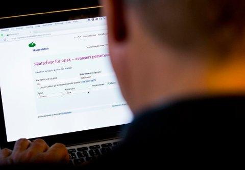SNART ER LISTENE HER: Men skattelistene blir stadig mindre populær. Foto: Vegard Wivestad Grøtt (NTB scanpix)