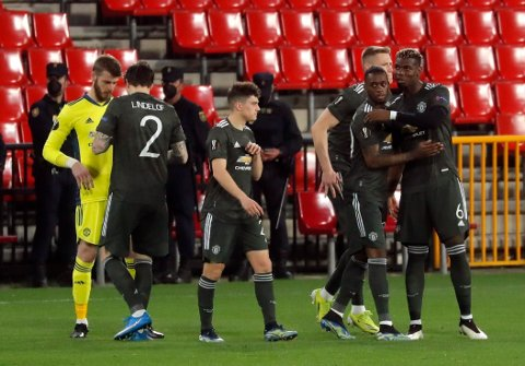 JUBEL: Manchester United-spillerne jubler for sin scoring i møtet med spanske Granada.