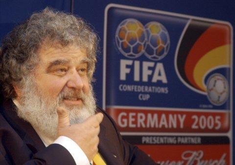 TOK IMOT PENGER: Chuck Blazer sier at han fikk penger for å fikse det slik at Frankrike fikk VM i 1998.