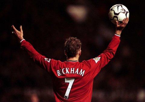 David Beckham hadde tallet 7 på drakten sin i Manchester United. Han har også tatovert inn tallet på kroppen.