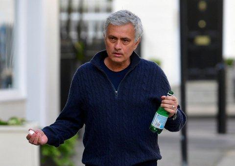 FYRER LØS MOT MOURINHO: I et telefonopptak er ikke den tidligere Premier League-profilen nådig mot José Mourinho.
