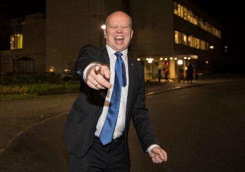 SP-LEDER: Trygve Slagsvold Vedum, her i godt humør på vei til partilederdebatt etter valget i 2017.