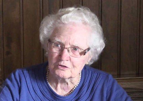 BRYTER STILLHETEN: For første gang på 71 år forteller Elisabeth Kahlammer om hvordan det var å arbeide som Adolf Hitlers tjenestepike. Kahlammer arbeidet på hans private fjellvilla Berghof ved grensen til Østerrike.