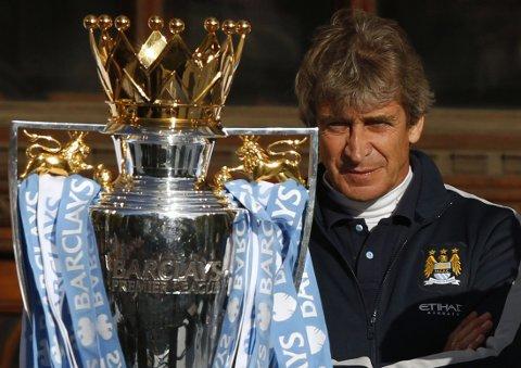 FÅR KONTRAKT: Manuel Pellegrinis (bildet) Manchester City gir Bersant Celina proffkontrakt.