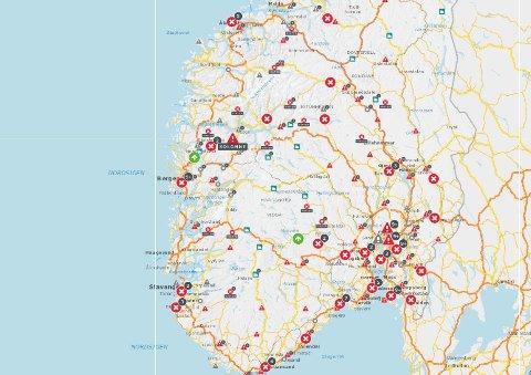 På Statens vegvesens interaktive kart kan du sjekke trafikkmeldinger for din reiserute. Se lenke i saken.