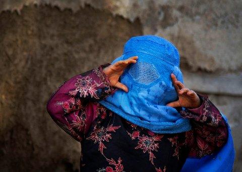 Over halvparten av barna som Redd Barna har intervjuet etter at de er blitt tvangsreturnert fra Europa til Afghanistan, forteller at de er blitt utsatt for vold og tvang.