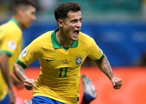 Vi tror at Philippe Coutinho og Brasil får en tøff kamp mot Peru i kveld.