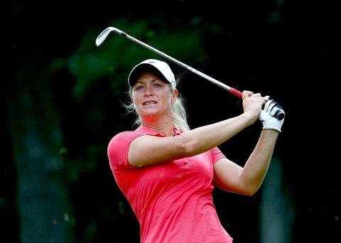 DÅRLIG START: Suzann Pettersen må finne seg i å være et stykke bak teten allerede etter åpningsrunden i British Open.