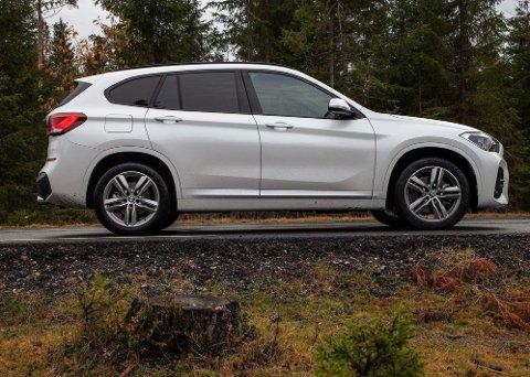 SUV-STRAFF: Frankrike øker straffen for å kjøre SUV til nye høyder i 2020. Illustrasjonsfoto: SUVen BMW X1.