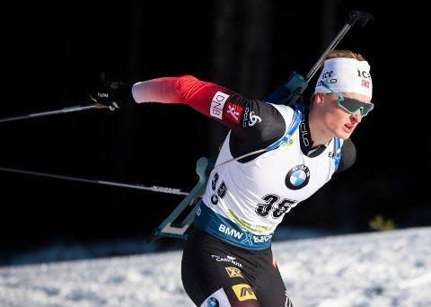 Aleksander Fjeld Andersen tok annenplass på sprinten i IBU-cupen fredag. Foto: Berit Roald / NTB