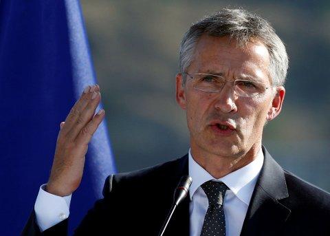 NATOs GENERALSEKRETÆR: Jens Stoltenberg tilbakeviser Trumps påstander.
