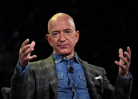 IKKE FULLT SÅ RIK: Amazon-grunnlegger Jeff Bezos er ikke lengre verdens rikeste mann.