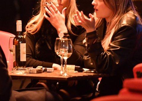 Rusbrukslidelser er et overordnet begrep for skadelig bruk og avhengighet av rusmidler. Alkoholbrukslidelser er de hyppigste rusbrukslidelsene i Norge, ifølge Folkehelseinstituttet (Illustrasjonsbilde).