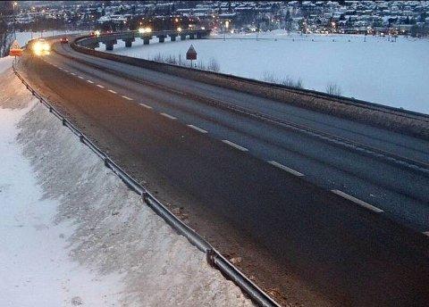 E6 ved Vingnes på Lillehammer tirsdag morgen.