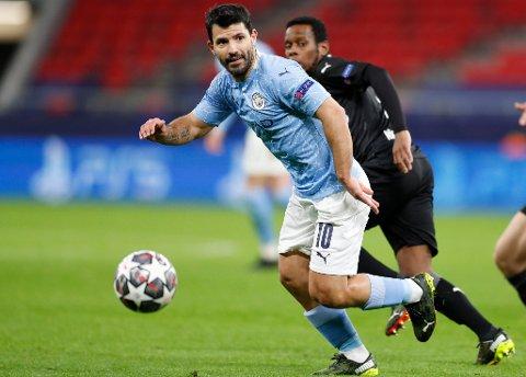 SER ETTER NY KLUBB: Sergio Agüero. Her i aksjon for Manchester City mot Borussia Mönchengladbach på Puskas Arena in Budapest tidligere i vår.