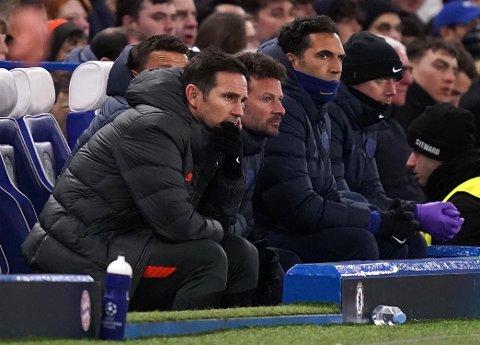 Chelsea-manager Frank Lampard har en håpløs oppgave i Tyskland lørdag kveld. Vi tror engelskmennene går på et nytt tap mot Bayern Munchen.