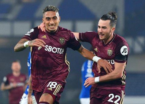 POPULÆR MATCHVINNER: Raphinha (til venstre) sørget for Leeds' forløsende scoring i en sterk seier borte mot Everton.