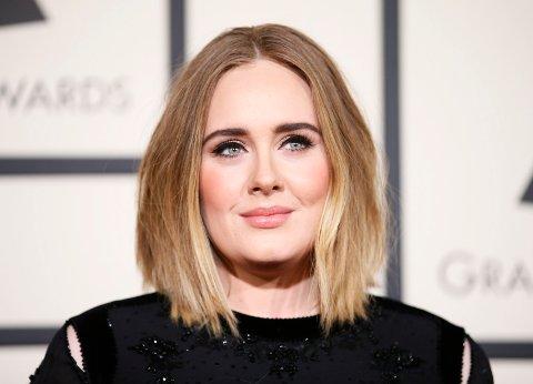NY FLAMME: Ryktene går om at Adele (31) har noe på gang med rapperen Skepta.
