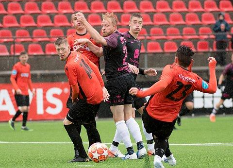 FINALIST: Åsanes Ole Martin Kolskogen er en av finalistene i kampen om å bli kåret til årets talent i PostNord-ligaen.