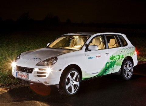 MER EL-BIL: Siemens har samarbeidet med blant andre Ruf Automobile GmbH om utvikling av elektriske biler (som den ombygde Porchen på bildet). Nå har selskapet inngått partnerskap med bildelprodusenten Valeo.
