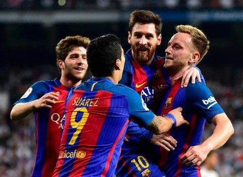 MATCHVINNER: Lionel Messi avgjorde søndagens utrolige storoppgjør på Santiago Bernabéu. Også Ivan Rakitic (til høyre) scoret i kampen.