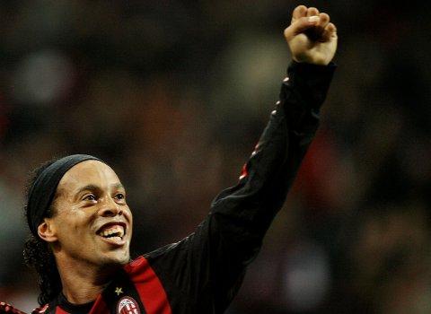 Ronaldinho feirer tilbake i dagene for AC Milan. Verdensmester for Brasil i 2002 og gullballvinner i 2005. Arkivfoto: Alessandro Garofalo / Reuters / NTB scanpix