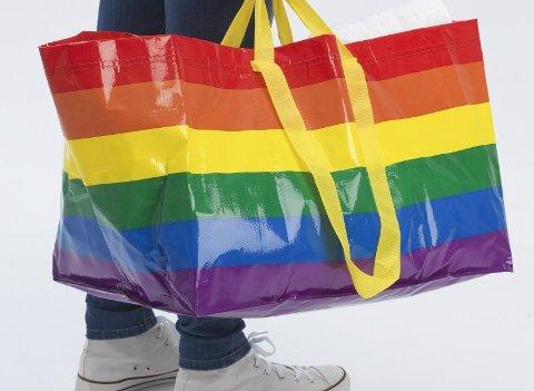 PRIDE: Med disse bæreposene skal Ikea markere årets Pride.