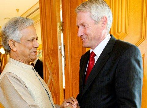 DEN GANG DA: Nobels fredspris-vinner Mohammad Yunus møtte da stortingspresident Thorbjørn Jagland på Stortinget.