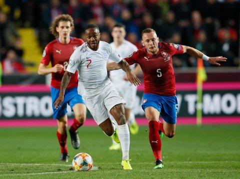 Raheem Sterling måtte gå målløs av banen på Sinobo Stadium i Praha, men vi tror at han og England slår tilbake mandag.