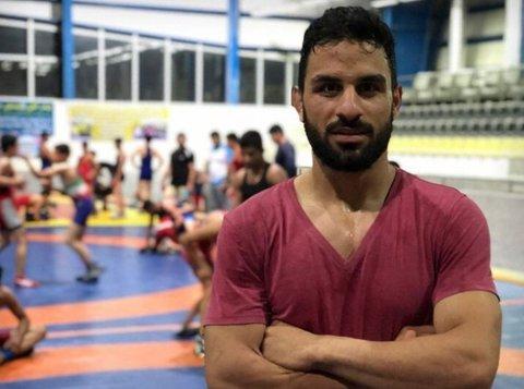 Den iranske bryteren Navid Afkari (27) er ifølge aktivister uskyldig dømt til døden, og står i fare for å bli henrettet.
