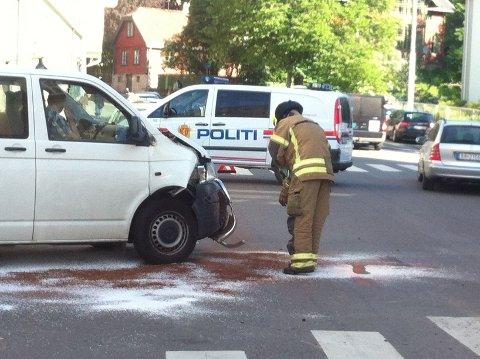 Det skal ikke ha vært store skader på bilene som var involvert i ulykken.