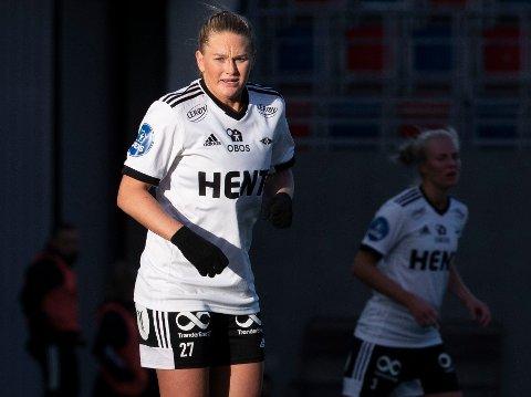 MÅLDOBBEL: Lisa-Marie Karlseng Utland fikset to av scoringene i søndagens meget viktige toppkamp i Trondheim. Dette bildet er fra forrige serierunde.