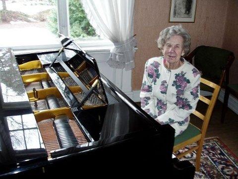 Hanna-Marie Weydahl elsker fremdeles å øve og det gjør hun daglig.