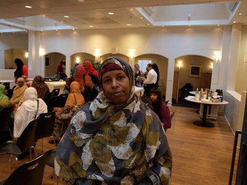 BLE SJEKKET: Asha Elmi fra Grorud tok turen til temadagen for diabetes for å sjekke om hun har sykdommen. Hun forteller om mange i omgangskretsen som har fått påvist sykdommen.