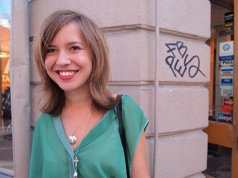 SKRIBENT: Mathilde Fongen er glad i litteratur og har skrevet dikt siden hun var liten.