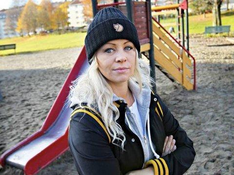 EIVOR EVENRUD kritiserer at stadig nye tiltak som koster millioner ikke erstatter den daglige kontakten mellom voksne og barn i barnehagen. Snarere tvert imot.