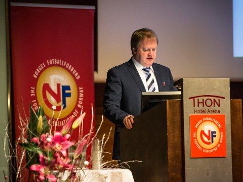 GJENVALGT: Fotballpresident Yngve Hallén fikk søndag fornyet tillit som president i Norges Fotballforbund.