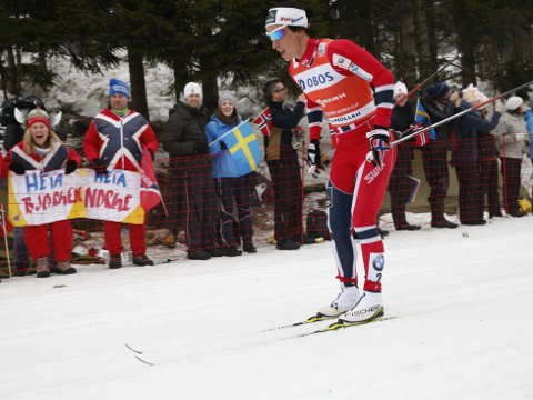 OVERLEGEN: Marit Bjørgen vant søndagens 30 kilometer i Holmenkollen. Foto: Terje Bendiksby / NTB scanpix