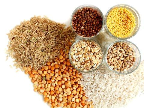 ERSATNINGER TIL HVIT RIS OG PASTA LAGET MED HVETEMEL: Prøv noe nytt og sunnere tilbehør til middagen denne uka. Hva med for eksempel quinoa eller brun ris?