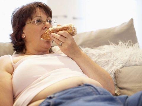 VELG RIKTIG FETT: Helsedirektoratet anbefaler oss å spise mindre av produkter som bidrar med mye mettet fett.  (ILLUSTRASJONSBILDE)
