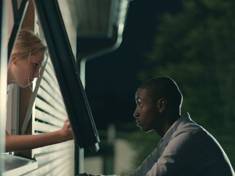 NATT TIL 17. er en meget bra ungdomsfilm med fart, spenning og et godt drama.
