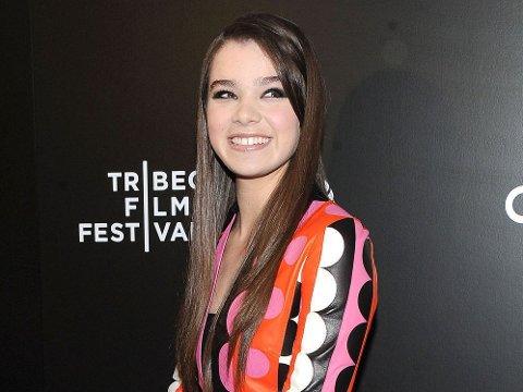Hailee Steinfeld er blitt 17 år og deltar for tiden med filmen «Begin Again» på Tribeca Film Festival.