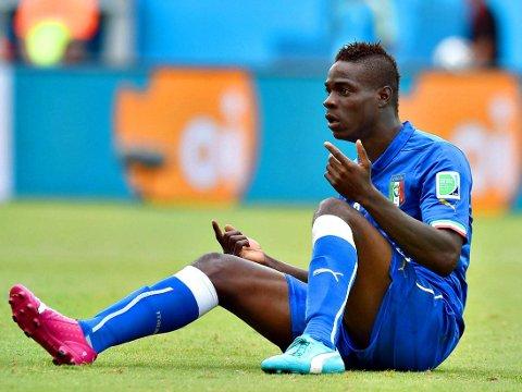 LYKTES IKKE: Mario Balotteli var blant Italia-spillerne som ksuffet aller mest da laget tapte 0-1 for Uruguay.