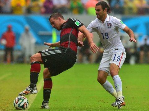 STÅR OVER: Lukas Podolski blir ikke spilleklar til VM-åttedelsfinalen mot Algerie.