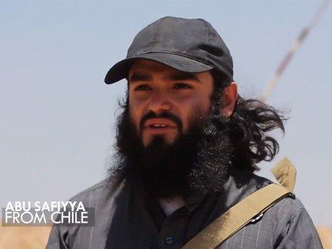 Den 24 år gamle islamisten sto frem i en video fra Irak der han fortalte om kampen mot irakiske soldater. Norske myndigheter mistenkte derfor at hadde en lederrolle i opprørsgruppen IS.