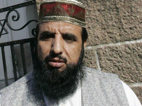 ANGREPET: Imam Nehmat Ali Shah ble angrepet på vei hjem fra moskeen Central Jamaat-e Ahl-e Sunnat på Grønland i Oslo, 17. juni.