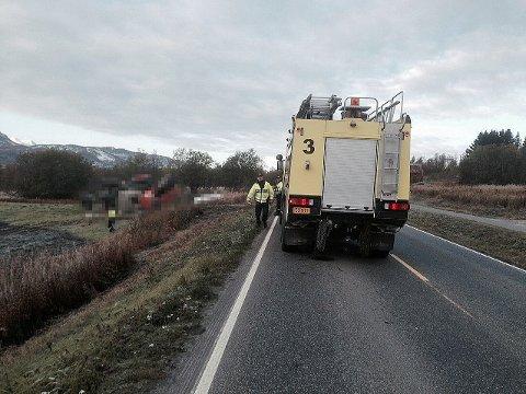 En mann er bekreftet omkommet etter en traktorvelt i Målselv tirsdag morgen.